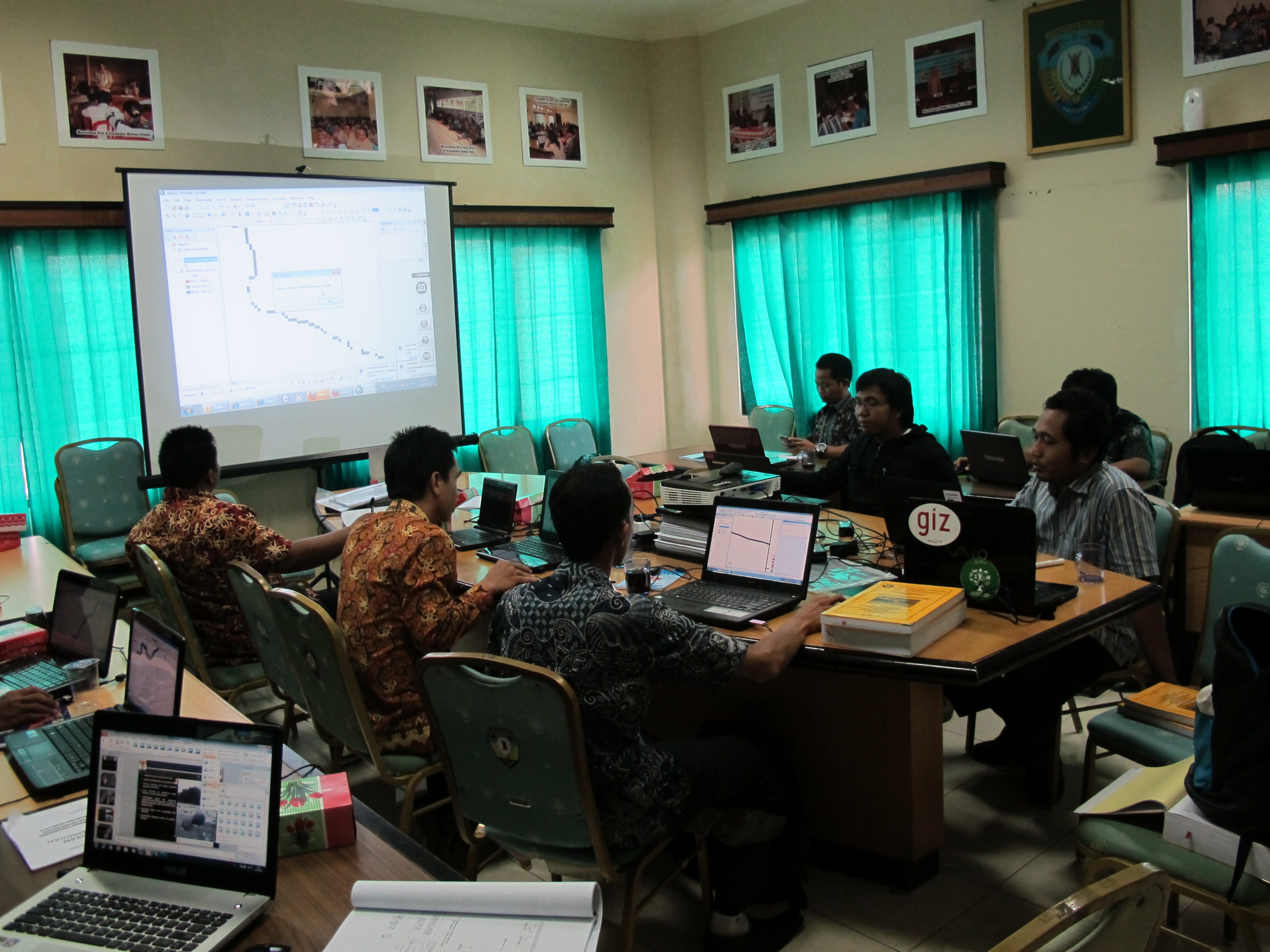 Basic_Gis_Training_Malinau_072012