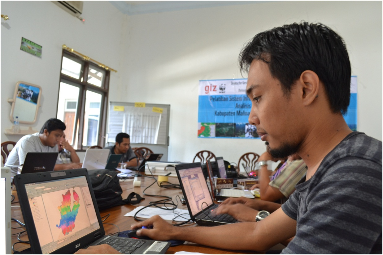 Picture_GIS_Training_Malinau_-_favourite